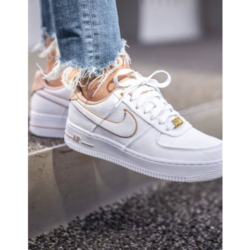 basket nike femme air force 1 blanche remise