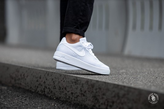 air force 1 flyknit 2.0 white/pure platinum femme soldes