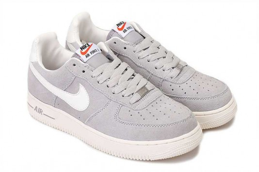 air force one blanche et grise femme remise