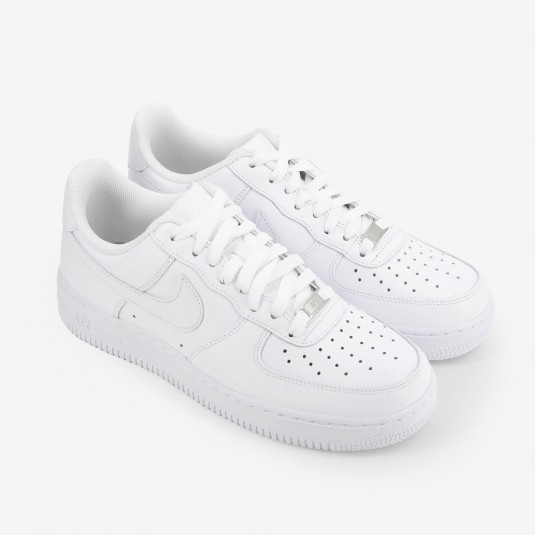 air force one rouge et blanche femme courir running