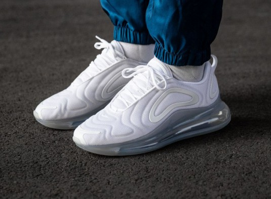 air max 720 femme blanche solde