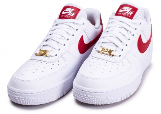 nike air force 1'07 blanche rouge et or femme running