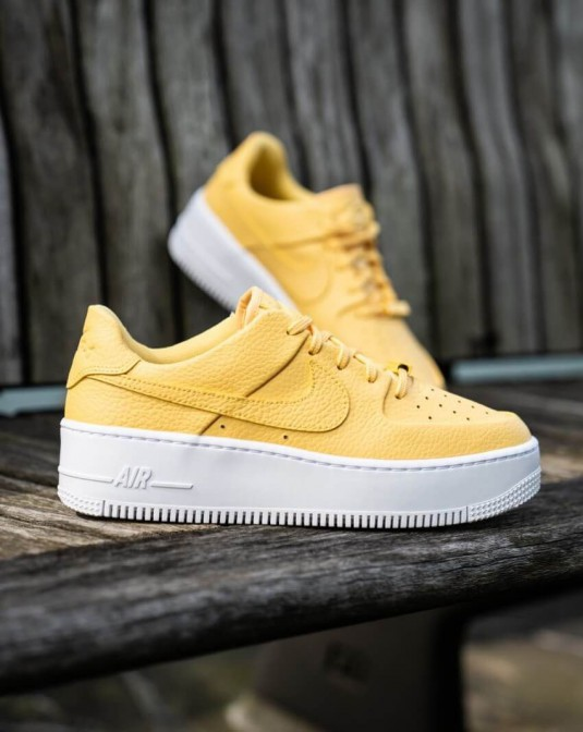nike air force 1 femme jaune pastel clearance